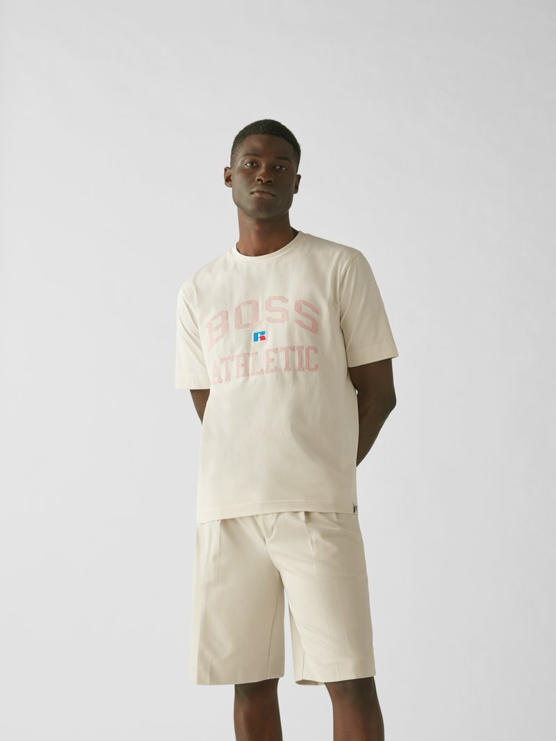 BOSS x Russell Athletic T-Shirt mit Label-Stitching Sand - 1
