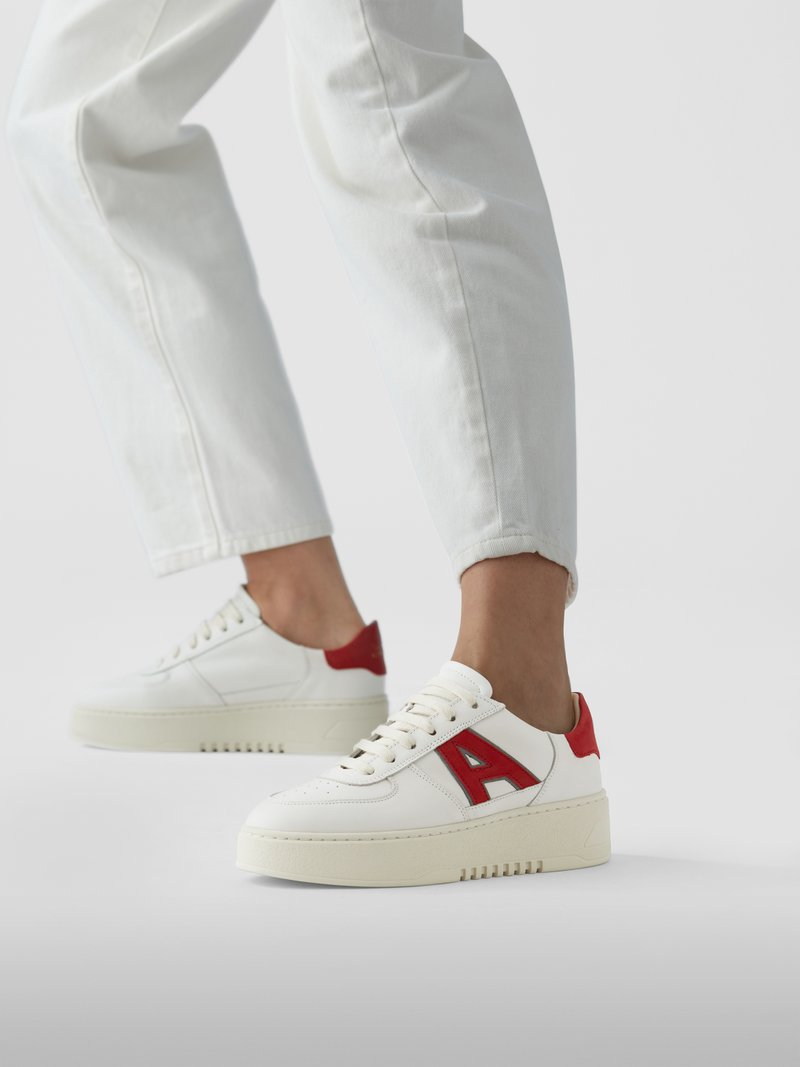 Axel Arigato Sneaker mit Plateausohle in Weiß - 1