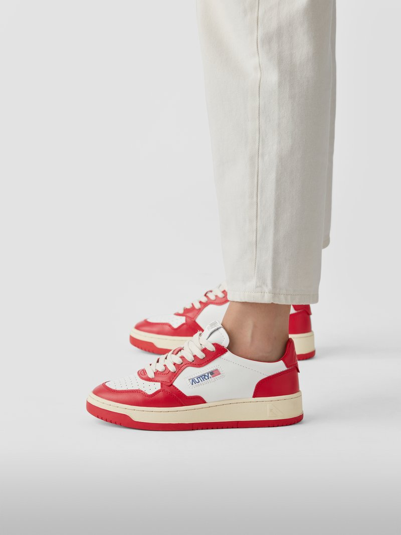Autry Sneaker mit Label-Patch in Rot - 1
