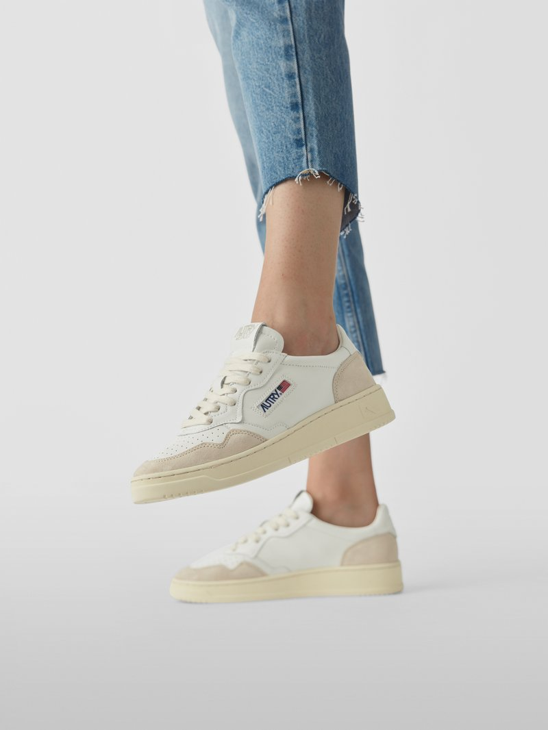 Autry Sneaker mit Label-Patch in - 1