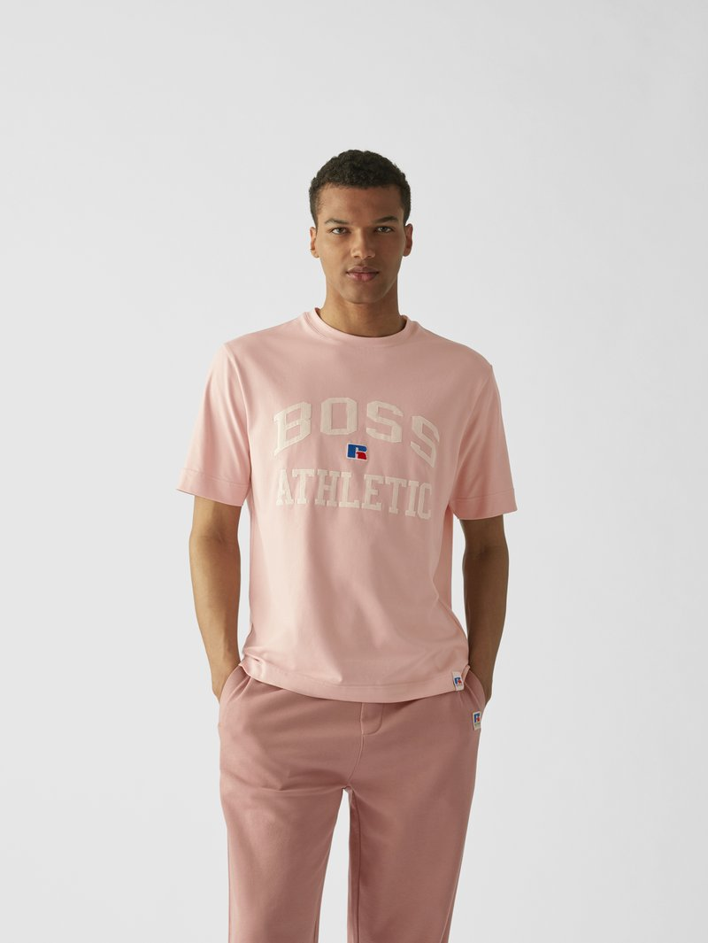 BOSS x Russell Athletic T-Shirt mit Label-Stitching Pink - 1